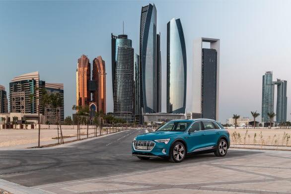 Audi e-tron i Audi Dhabi