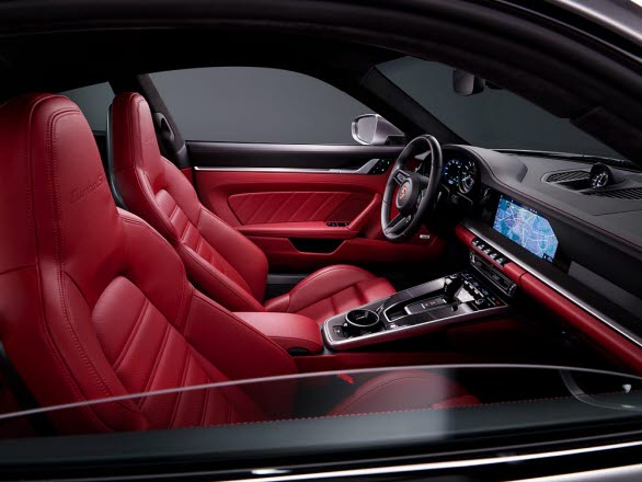 Interiören i nya Porsche 911 Turbo S