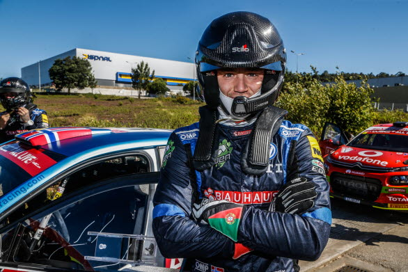 """Ole Christian Veiby var """"on fire"""" när han ledde Rally Portugal, men tyvärr brann det lite för mycket till slut."""