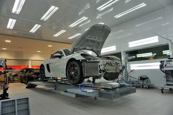Skadecenter hos Porsche Center Göteborg