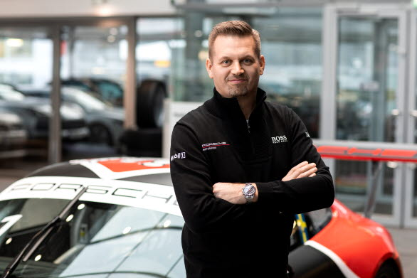 – Det är med stolthet vi presenterar Rasmus Lindh, Tom Blomqvist och Dennis Hauger som gästförare i årets Porsche Carrera Cup Scandinavia, säger Raine Wermelin, direktör, Porsche Sverige. Samtliga tre har allt som krävs för att bjuda vår publik på racing i världsklass!