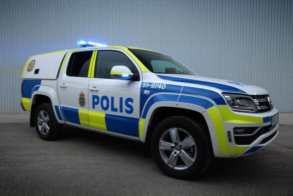 Polishundbilarna baseras på Volkswagen Amarok V6 TDI.