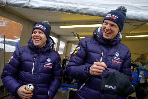Stämningen var på topp när Stig Rune Skjaermoen och Johan Kristoffersson vann Bergslagsrallyt.