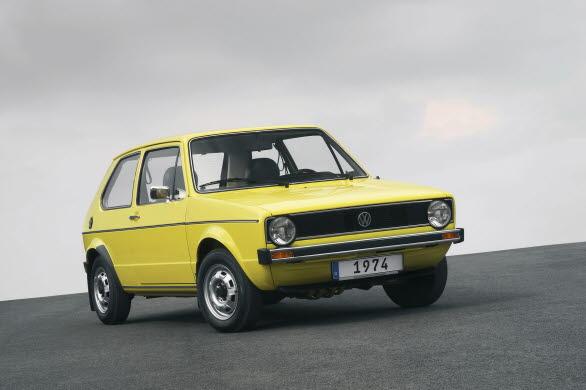 Den första generation av Golf började produceras den 29 mars 1974.