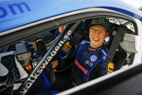 Johan Kristoffersson var mycket nöjd med insatsen i SM-sprinten. Andra rallyguldet i år!