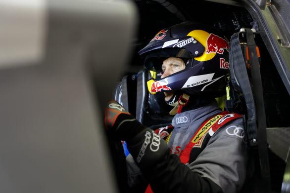 Mattias Ekström och Emil Bergkvist testar Audi RS Q e-tron i Marocko inför Dakarrallyt