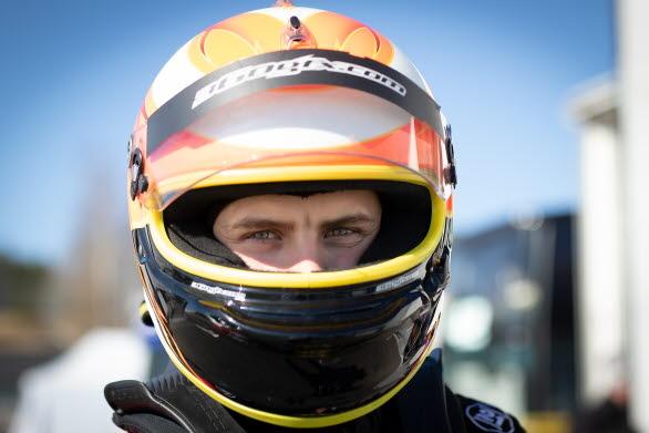 Lukas Sundahl är regerande mästare i Porsche Carrera Cup Scandinavia. Kan han försvara sin titel mot ett av de starkaste startfälten i mästerskapets historia? Lukas är en av deltagarna i Driver Development Programme och slåss för en plats i Porsche Motorsport Shoot-out 2019.