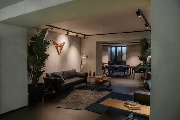 CUPRA City Garages gör det möjligt för varumärket att erbjuda en okonventionell och unik kundupplevelse.