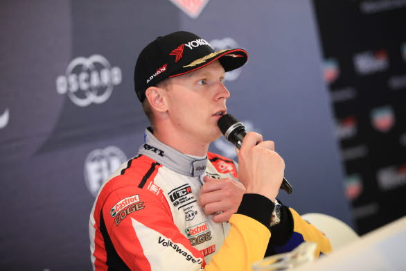 Johan Kristoffersson vann ett race, men kraschade våldsamt i det tredje på Nürburgring.