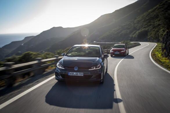 Golf GTI TCR passerar 100 km/h efter endast 5,6 sekunder och topphastigheten är 260 km/h.