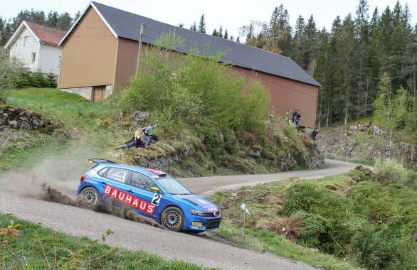Johan Kristoffersson hittade farten även på grus, men ett växlingsproblem satte stopp för framfarten i Rally Sörland. Foto: Oliver Alfredsen