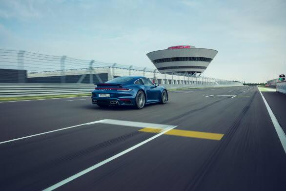 Nya Porsche 911 Turbo
