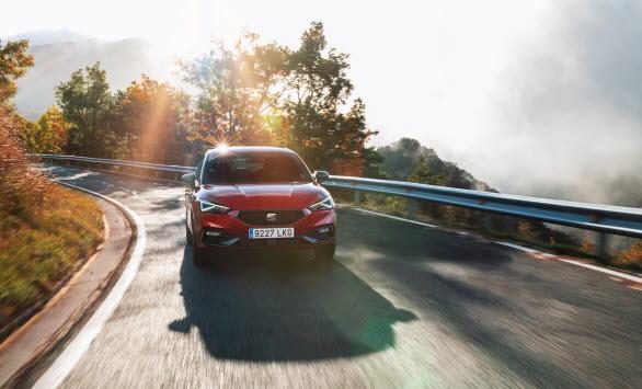 SEATs första plug-in hybrid, är konstruerad, designad och tillverkad vid Martorell-fabriken i Barcelona.