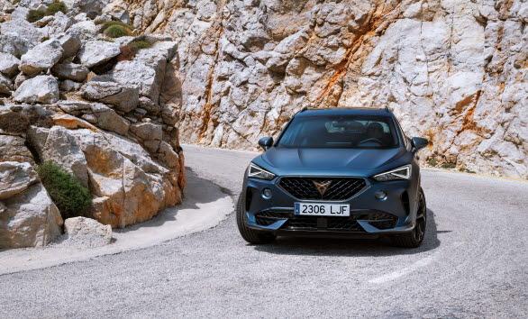 CUPRA Formentor e-Hybrid blir partnerskapets officiella bil.