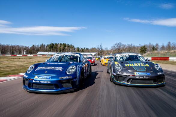 Porsche Carrera Cup Scandinavia inleder traditionsenligt årets racingsäsong med tävlingspremiär på Ring Knutstorp 7-8 maj. Skandinaviens ledande racingmästerskap bjuder i år på en historisk rekordjakt, en intressant titelfight och gästförare i världsklass. Bild: Porsche Carrera Cup Scandinavia, Roll Out Event 2021, Mantorp Park.