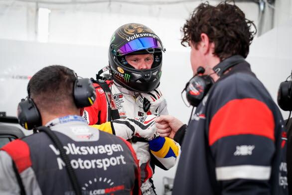 Johan och Sébastien Loeb Racing testade viktiga saker för kommande deltävlingar i Portugal.