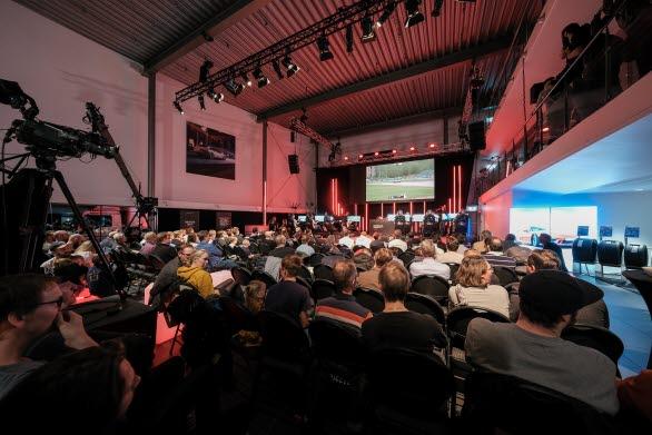 Skandinaviens 12 snabbaste sim-racingförare gjorde upp om mästartiteln i Porsche Esports Carrera Cup Scandinavia inför ett fullsatt Porsche Center Danderyd. Finalen sändes live på Viasat Motor, Viaplay och på sociala kanaler med Janne Blomqvist som programledare.