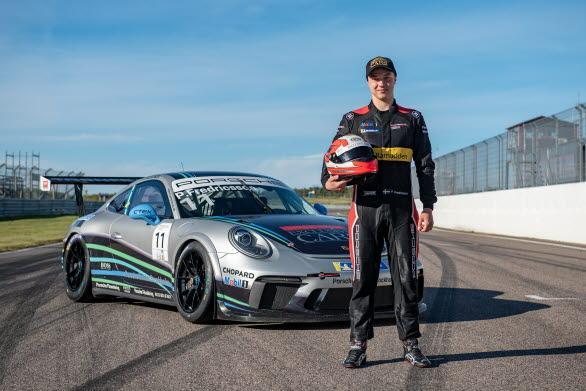 Pontus Fredricsson är en av tre snabba unga förare som får chansen att mäta sig mot tufft internationellt motstånd i Porsche Mobil 1 Supercup på Hockenheim.