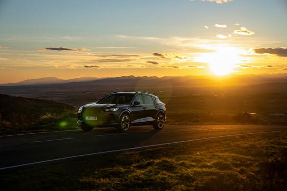 CUPRA Formentor e-Hybrid lever upp till de krav som CUPRA ställer på körglädje samtidigt som den uppfyller de säkerhetsstandards som marknaden kräver.
