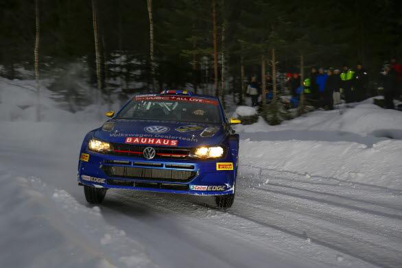 Johan Kristoffersson var snabbast i sprinttävlingen på Göransson Arena med sin Polo GTI R5
