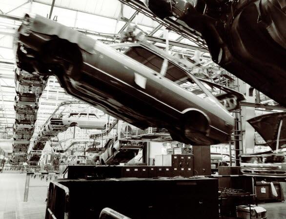 Produktion av Passat i fabriken i Emden 1978.
