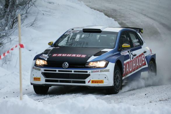 Utom tävlan var Johan Kristoffersson snabbast på de fem sträckorna i Finnskogsvalsen med sin Polo GTI R5. Foto: Lollo