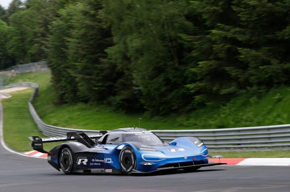 Nürburgring Nordschleife är  en av världens mest krävande banor.