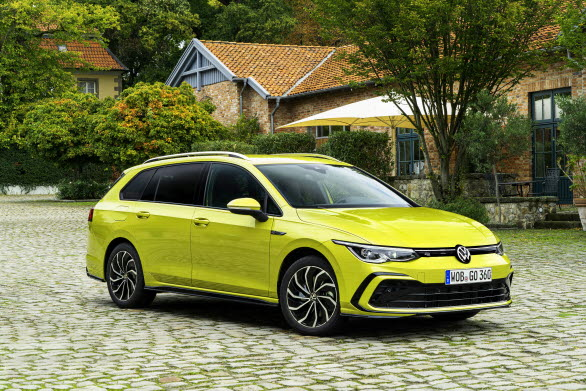 Hittills har totalt fem generationer av modellen lanserats.