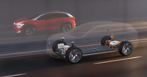Batteriet på 82 kWh ger bilen en räckvidd på upp till 450 km (WLTP).
