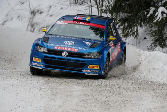 Johan Kristoffersson tog maximal poäng i SM-premiären i Ludvika.