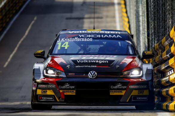 Johan Kristoffersson svarade för en stark insats i WTCR, som debutant på svåra banan i Macau.