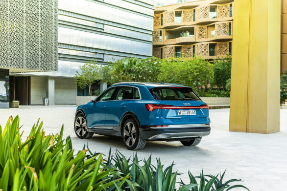Audi e-tron i Masdar City, Abu Dhabi