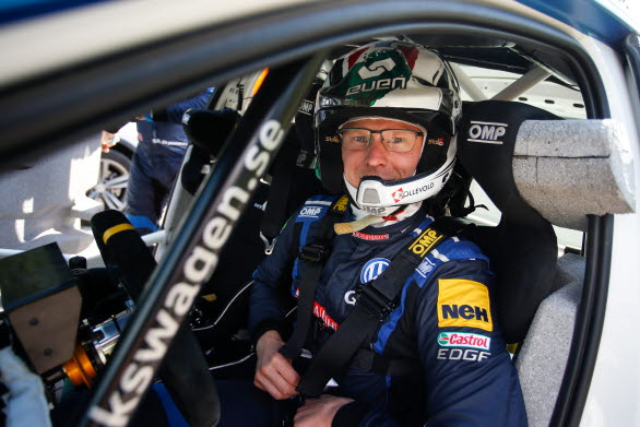 Johan Kristoffersson imponerade under sprint-SM i rally.