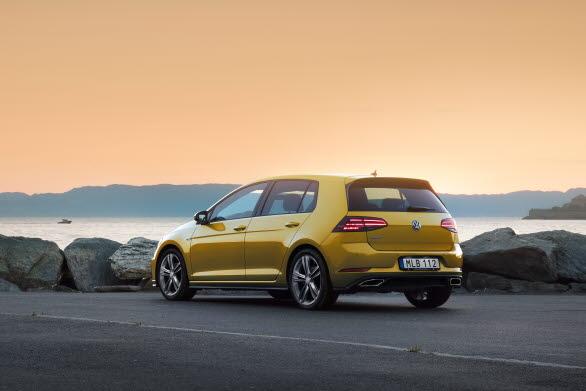 Golf är den populäraste bilmodellen bland svenska privatköpare.
