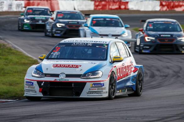 2018 säkrade Johan sin andra STCC-titel i säsongens sista race.
