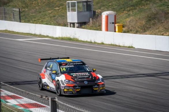 Sébastien Loeb Racing värvade in Johan för racing i WTCR 2019.