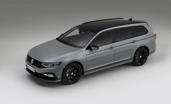 """Bilen har en unik design och är lackad i nya """"Moonstone Grey""""."""