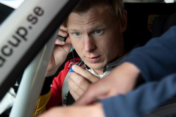 – Jag är grymt körsugen, säger Johan Kristoffersson. Gästspelet i Porsche Carrera Cup Scandinavia på Drivecenter Arena 29 juli blir den perfekta uppvärmningen inför starten av rallycross-VM i augusti.